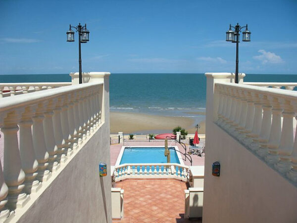 San Felipe Hotels by The Beach